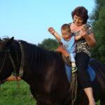 Иппотерапия для взрослых и детей